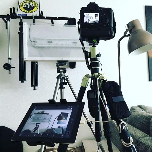 Video-Ausrüstung zum Filmen mit der DSLR und Tethering zu einem Tablet Computer
