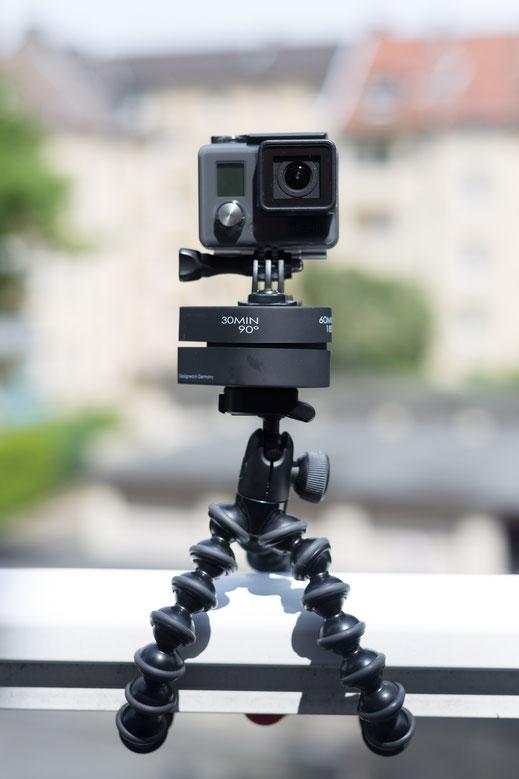 GoPro Hero Frontansicht mit FLOW MOW 120min. auf Joby Gorillapod Action