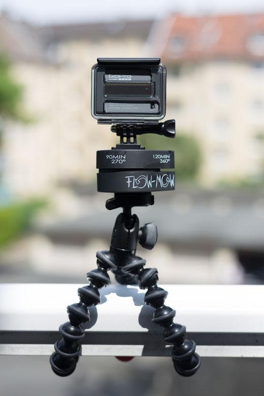 GoPro Hero Rückansicht mit Skeleton Back auf FLOW MOW 120min. auf Joby Gorillapod Action