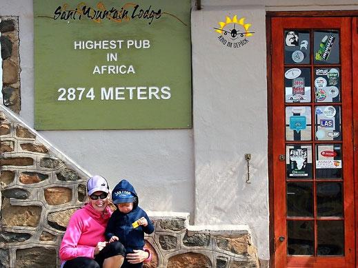 Zwischen Südafrika und Lesotho, am Sani Pass, liegt der höchste Pub von Afrika.