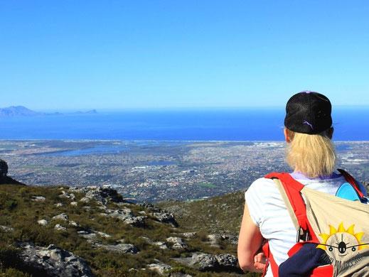 Blick vom Tafelberg auf die False Bay.