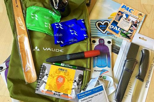 Der Inhalt unseres Goodie-Bags!  Einen Danke an alle Firmen die etwas beigesteuert haben. Zusätzlich auch der Dank an P.A.C. für den ersten Kontakt.