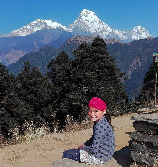 Eine grandiose Bergwelt und vieles mehr bietet Nepal für Familien. @2.unterwegs