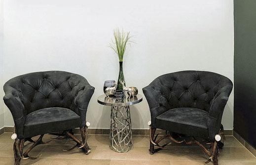 Der_Sessel_aus_kapitalen_Rotwildstangen