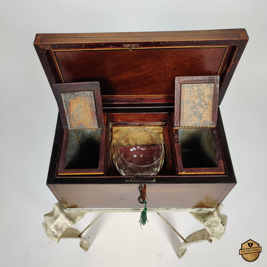 Tea Caddy     -      550,00€