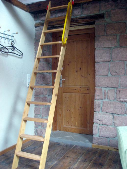Leiter zum Schlafboden (Option)