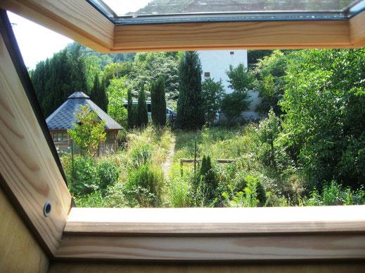 Blick aus dem Dachfenster nach Süd-West