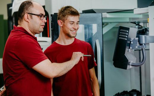 Ueber uns Kooperationspartner Kurt Betz GmbH Sondermaschinenbau Lohnfertigung Metallbearbeitung Jobsuche Stuttgart Crimpvollautomat