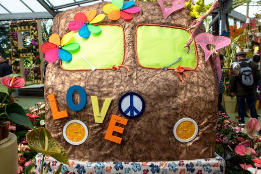 VW Bus Love Keukenhof Virginie Varon