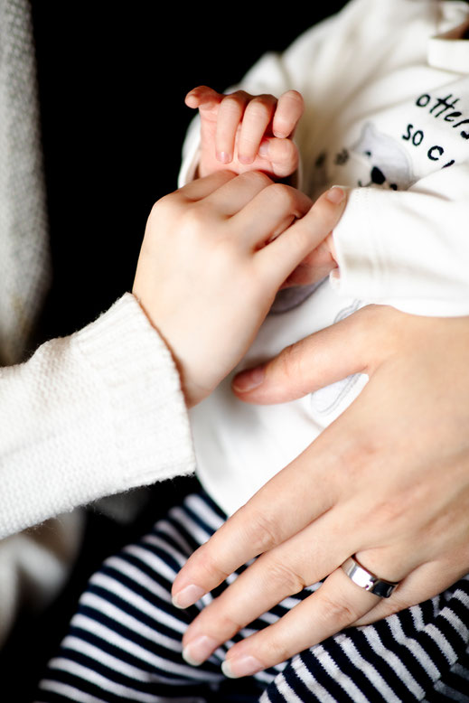Hände Familienfotografie Reutlingen Virginie Varon