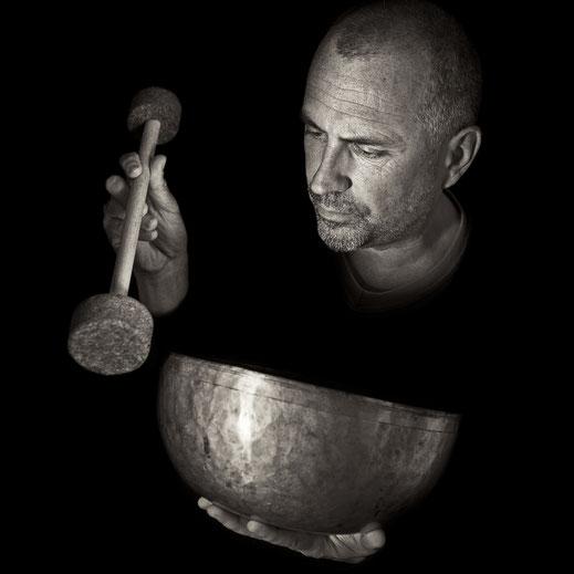 Antike tibetische Klangschale – wir sind Klangmensch