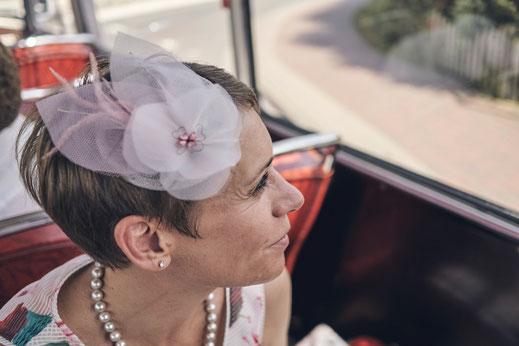 Anja Kaninck / Headpiece · Fascinator · Brautmode ·Hochzeitsmode · Hochzeit · Braut  / Federgesteck · Kopfschmuck · Hutdesign / JGA · Junggesellinnenabschied I Hutmacherei · Hut · Hutschmuck / Hamburg Bargteheide