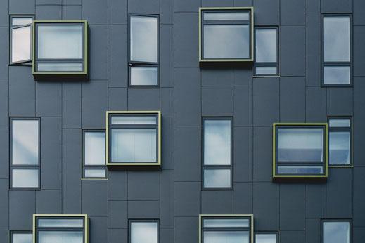 komplette Fenster und Türenelemente der Glaserei Ludewig GmbH in Hamburg