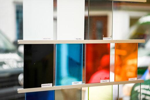 Glasrückwände in verschiedenen Farben - Glaserei Ludewig GmbH in Hamburg