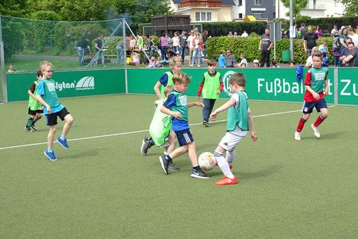 Foto DFB-Aktionstag Mini-Spielfeld des FC Alpenrod-Lochum