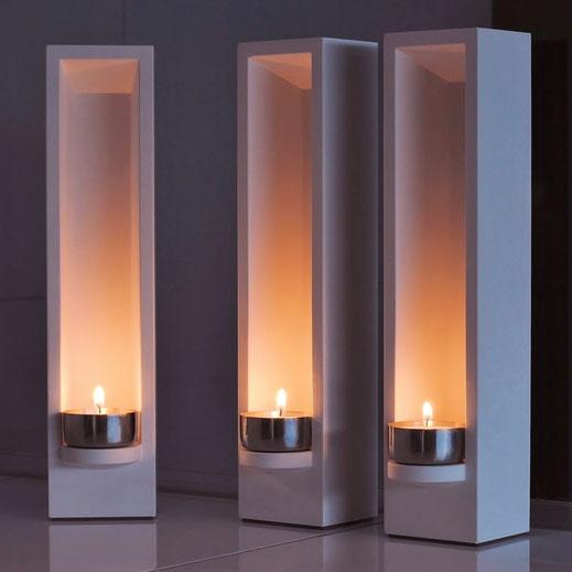 Design Teelichthalter Leuchtobjekt - DIE LUX BOX bei Dunkelheit