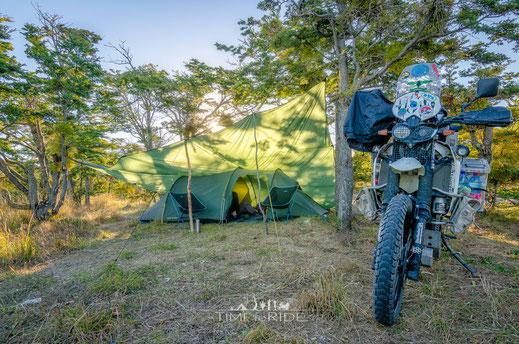 Tarp Nordisk Voss 20 SI auf Motorrad-Reise