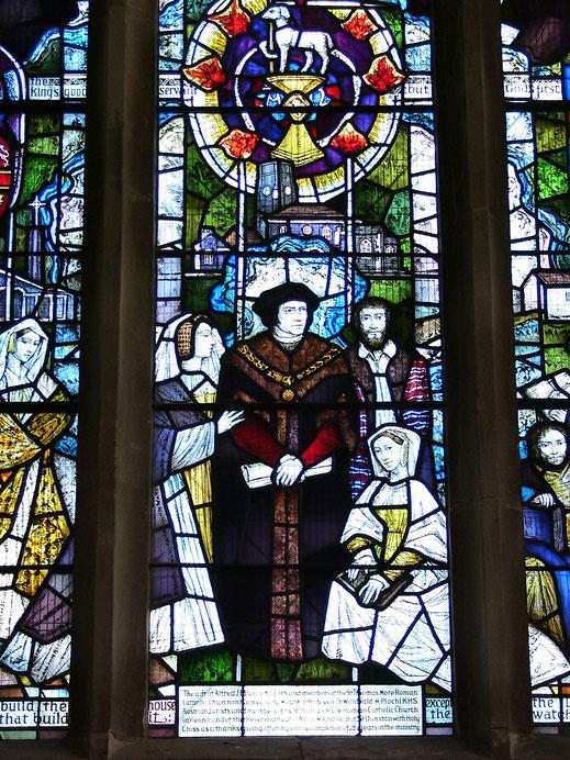 Kirchenfenster in St. Dunstan's in Canterbury - Thomas Morus mit Angehörigen seiner Familie