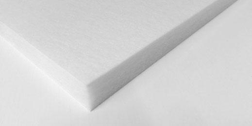 Die Deckensegel sind in schwarz und weiß erhältlich um sowohl in Wohnräumen als auch im Heimkino den Nachhall zu reduzieren.