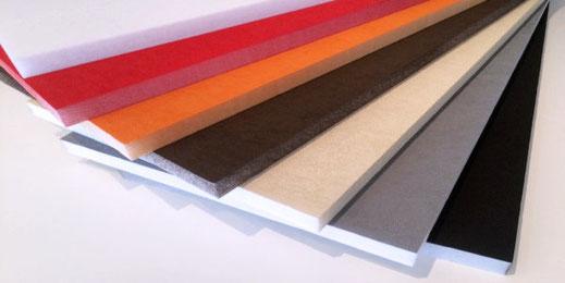 Die Schallabsorber stehen in sieben verschiedenen Farbvarianten zur Verfügung.