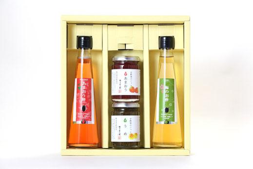 商品写真ーお酢とジャムのギフト