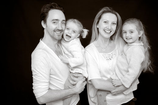 seance photos famille studio