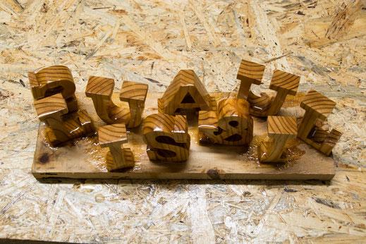 Holzbuchstaben Holz ölen
