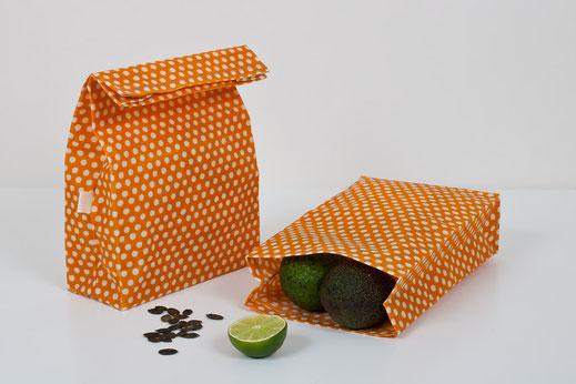Snacksack ist eine gewachste Tüte mit Bodendeckel aus Baumwolle und Bienenwachs