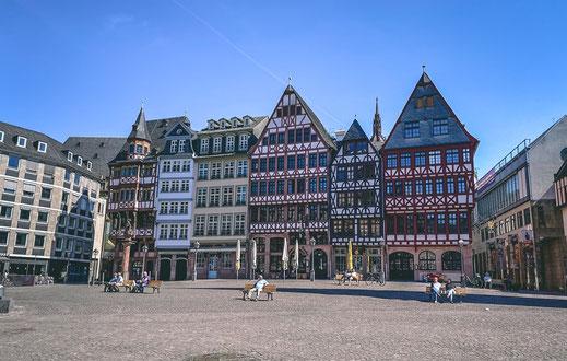 "Frankfurter ""Römer"" in der Altstadt"