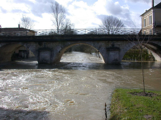 Chalais sous les eaux, mai 2012