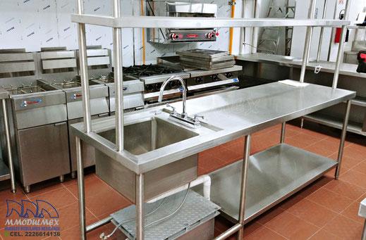 Tarjas de acero inoxidable, Muebles para cocinas industriales, estufas industriales