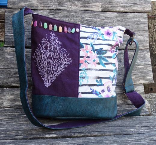 sac a main seau femme broderie fleurs sauvages faux cuir bleu pétrole toile aubergine tissu rayé fleuri fleurs