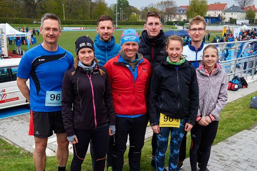 Unsere Mannschaft erzielte beim Landkreislauf Mittelsachsen in Mittweida Rang 5 von 106 gestarteten Staffeln.