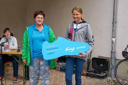 Durch ihre hervorragenden Leistungen im Hochsprung wurde Svenja Koban in das Sponsoring-Programm der enviaM-Gruppe aufgenommen und erhielt eine Einzelförderung über 2.000€.