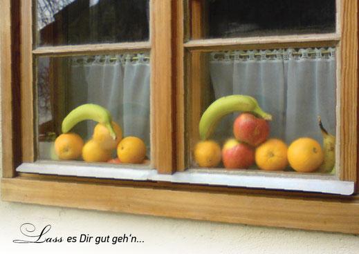 Lichtgarten Licht-Garten Kerzen Teelichter Simone Fischer Postkarte Postkarten Bücher Lass es dir gut gehn Fenster mit Obst