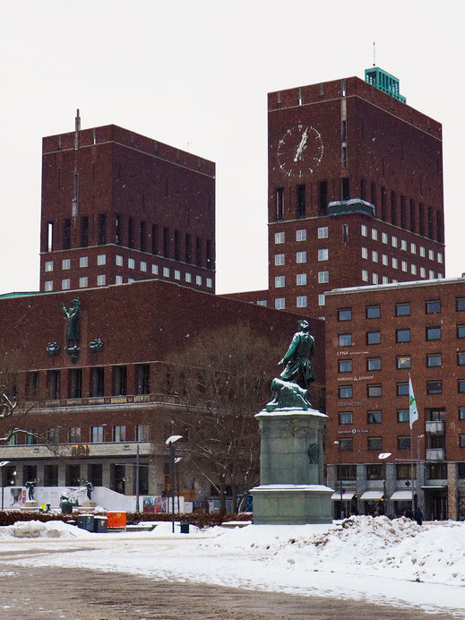 Rådhusplassen, City Hall Square, Oslo, Snow
