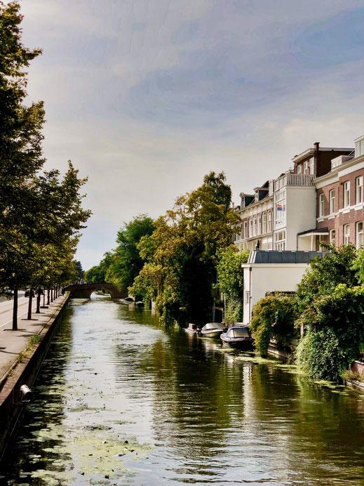 Mauritskade in The Hague