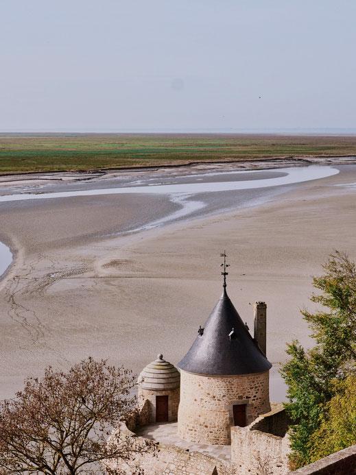 The sandbanks surrounding Mont-Saint-Michel