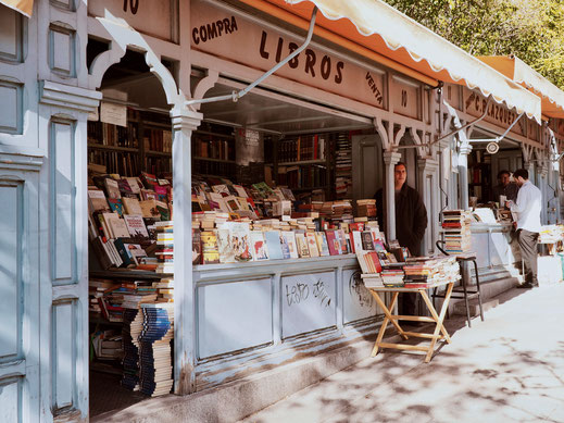 Pretty little bookstalls next to Parque del Retiro
