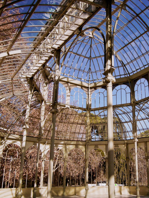 The inside of the Palacio de Cristal