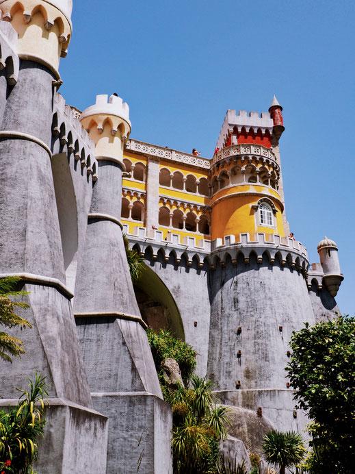 Looks like the castle of the Little Mermaid, doesn't it?