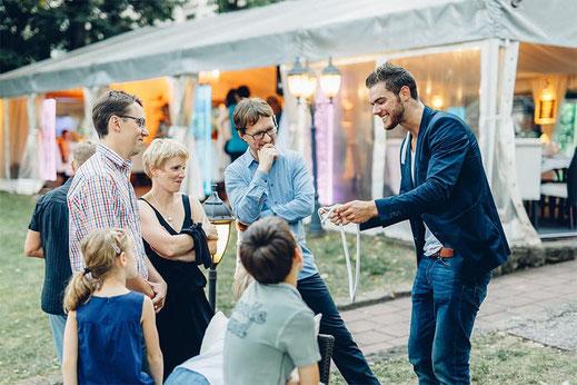 Live Zaubershow auf deiner Hochzeit Jugendweihe Geburtstag Feier für Teenager und Erwachsene