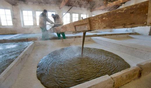 Seife; gießen; Herstellung; Tradition; Frankreich; Marius Fabre