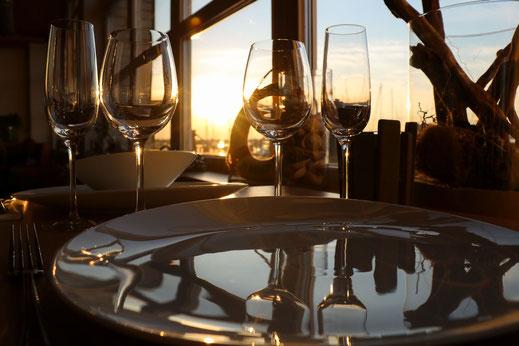 Sailor's Inn Fehmarn - Restaurant | Gaststätte mit Blick auf den Burger Binnensee