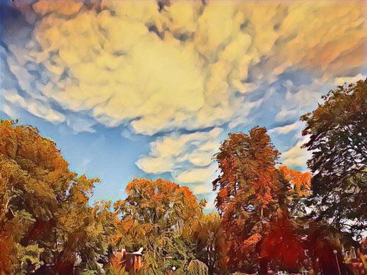 Wolkenbild mit fantasy Elementen