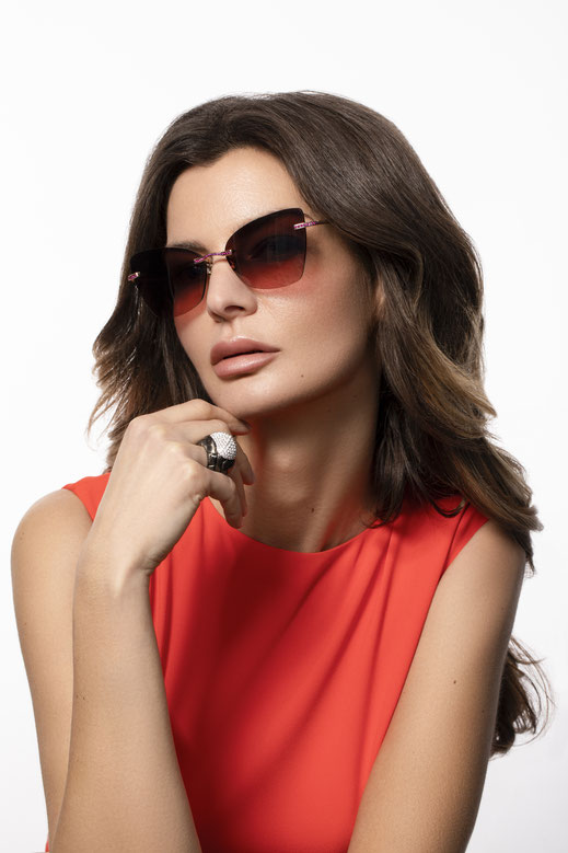 """Koenig Eyewear """"Cateye Ruby"""" Sonnenbrille aus 18-Karat Roségold und Zeiss Brillengläser- 100% Swiss made"""