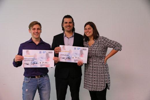 Jens und Charlotte beim Wirkungsfonds-Pitchfinale mit Mit-Gewinner Lars vom Netzwerk Chancen gestalten.