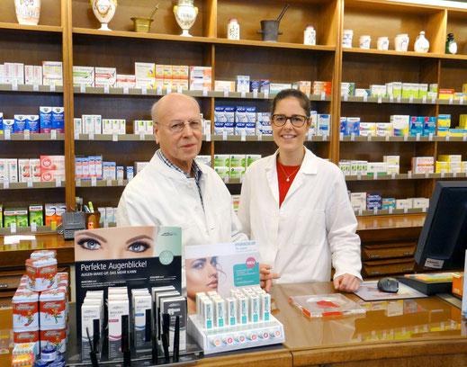 Ihre Apotheker Bernward Thiel und Annette Scherz-Thiel