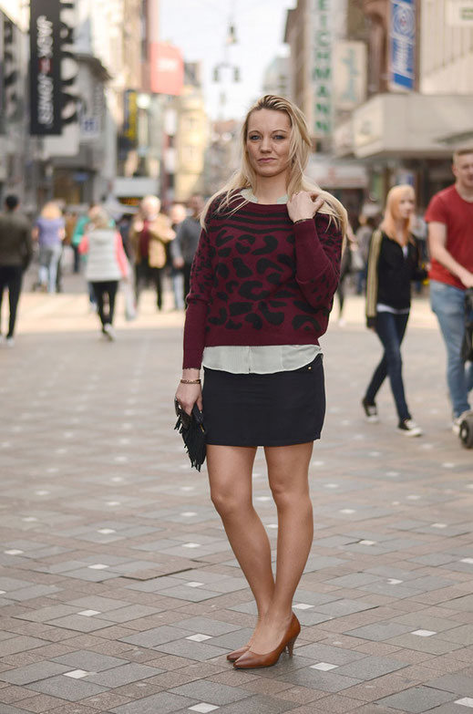 Frühlingsspaziergang in der City | Pullover Zalando Collection | Rock River Island