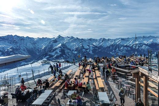 Winterterrasse in den Alpen
